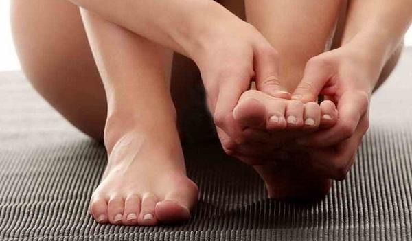 Как делать массаж при косточке на большом пальце ноги