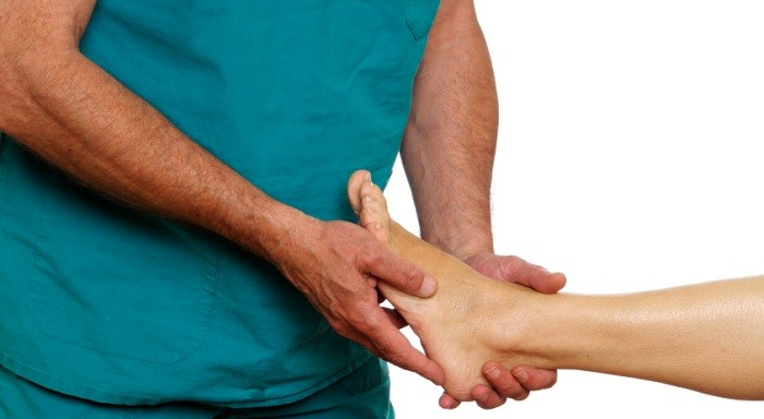 Шишки на пальцах рук причины и лечение суставов кисти фото